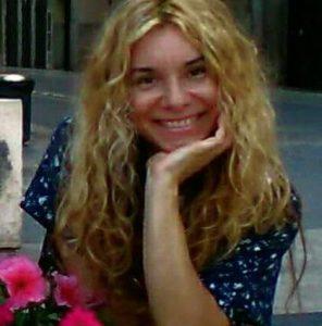 Escritora Rossi Vas